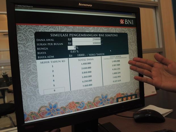 Penghitungan ilustrasi yang bisa kita dapatkan di KCP BNI