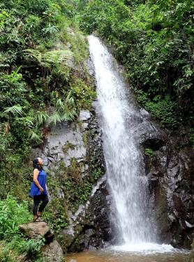 Air Terjun di dekat Gunung Pancar
