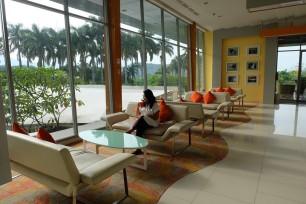 Harris Hotel Sentul City 10