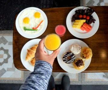 West Point Hotel Bandung Breakfast